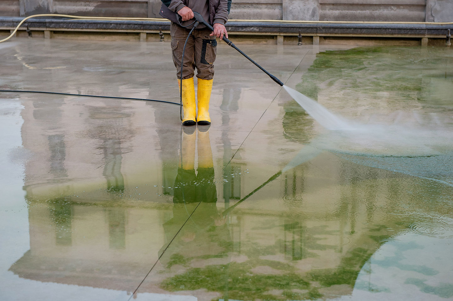 Keeping Your Commercial Rooftop Clean