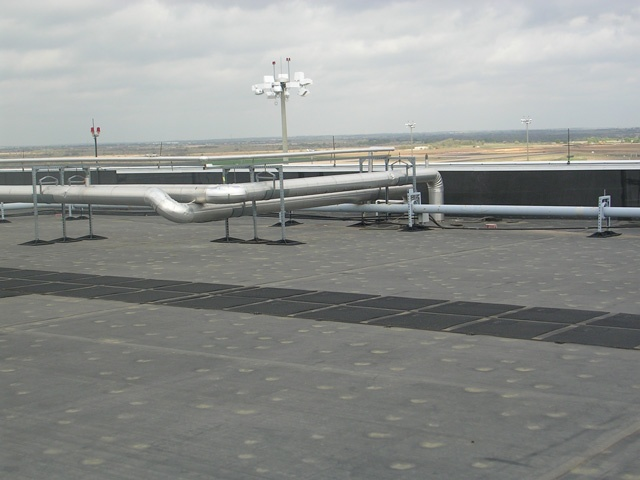 Roof Support System for Airports