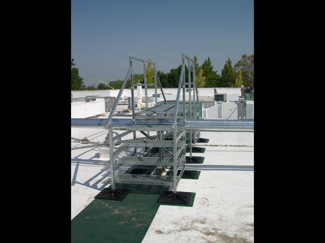 Hospital Rooftop support systems
