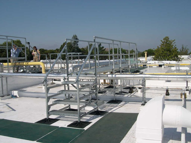 Kaiser Hospital Roof Support System