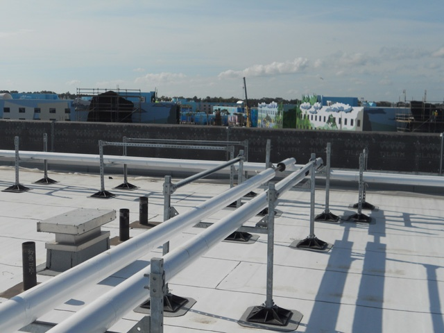 Roof Support System for Hotels