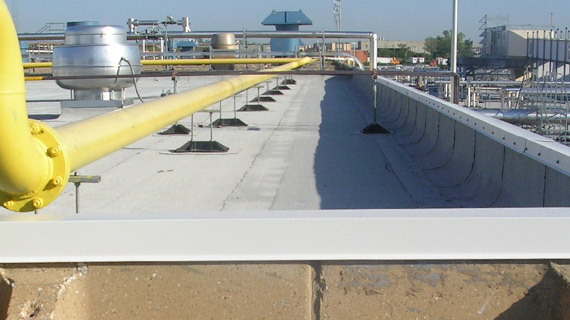 PP10 support for drain or refrigeration lines