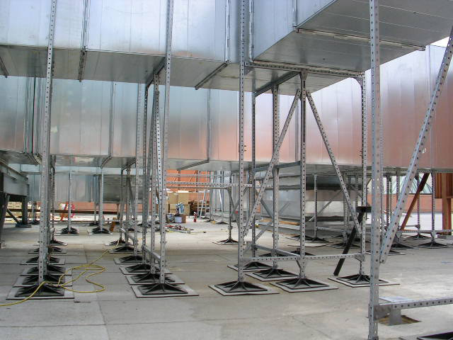 Roof Support System for shopping plazas