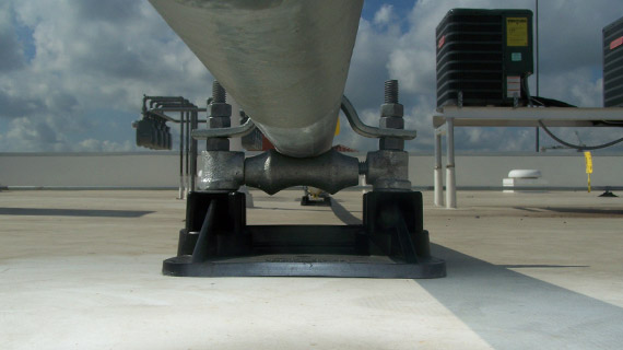 SS8 RL low profile pipe support for roof