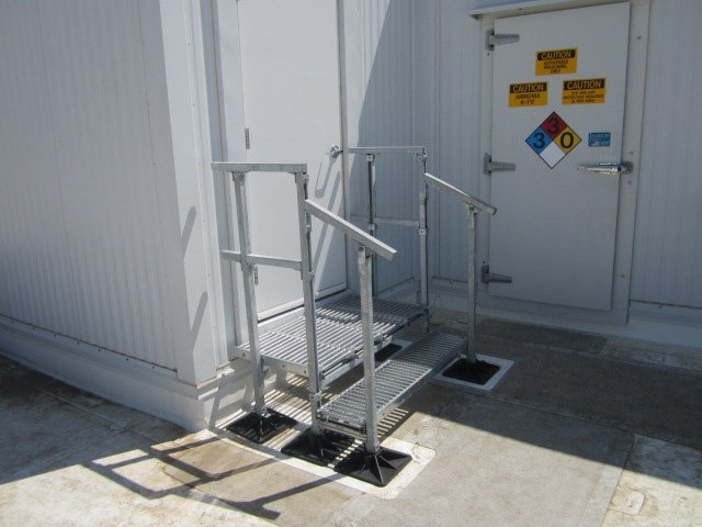 Warehouse Facility Rooftop Support Systems
