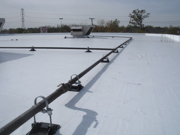 Target Distribution Center Roof support systme