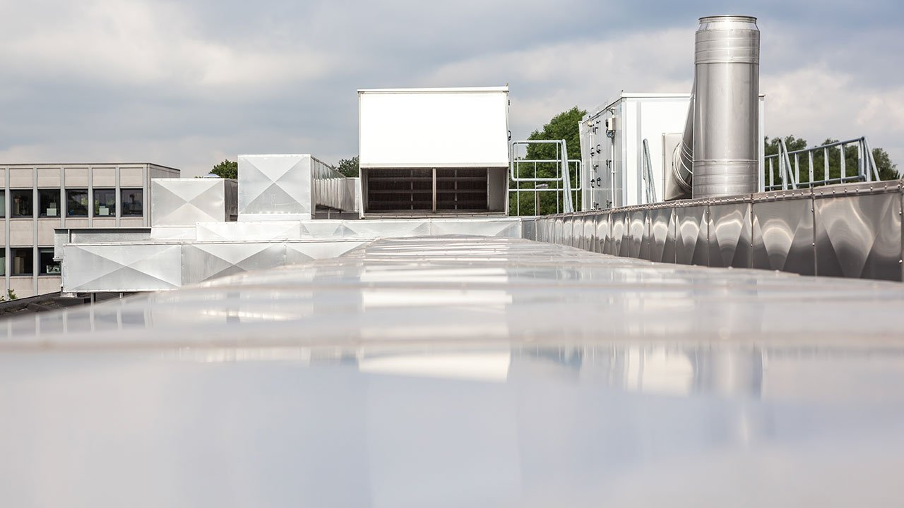 How to Create a High-Performance, Long-Lasting Commercial Roof